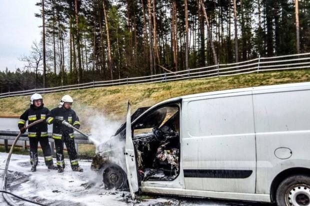Pożar na autostradzie