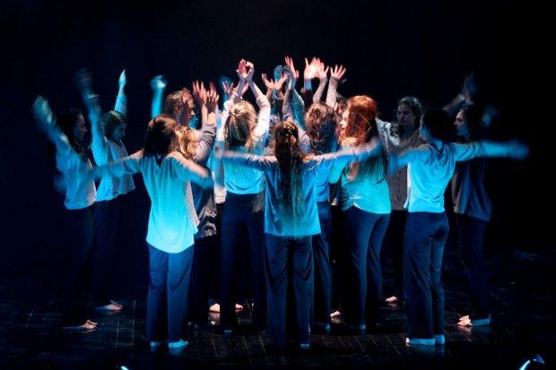 Tancerze z BOK-MCC pomagają Kubie i Filipowi