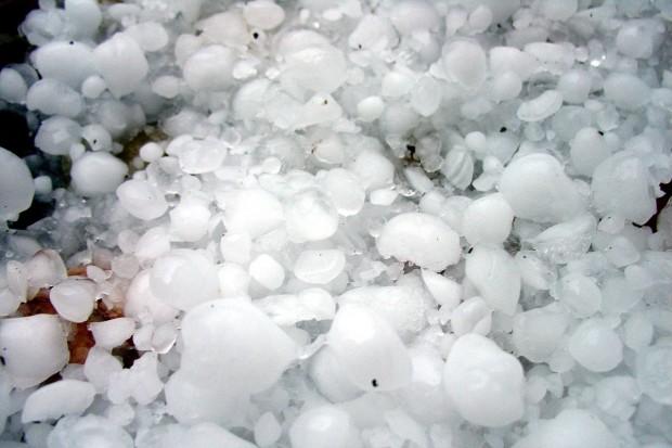 Ostrzeżenie: burze z gradem na Dolnym Śląsku