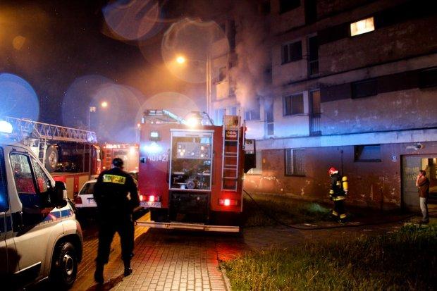 Spłonęło mieszkanie przy Żwirki i Wigury