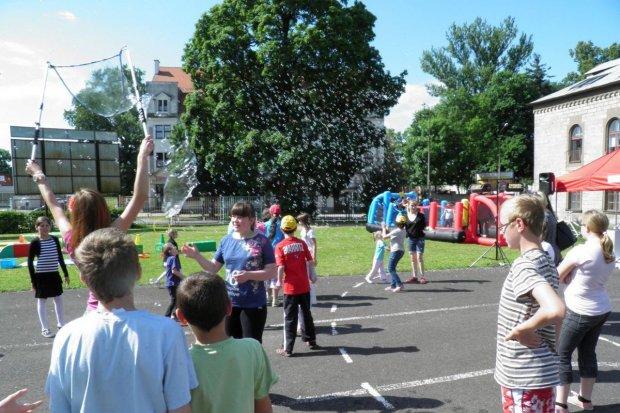 Plac zabaw dla dzieciaków z Zespołu Szkół i Placówek Specjalnych
