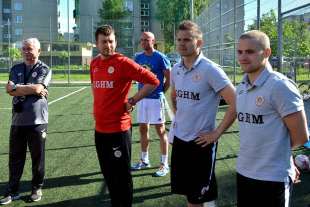 Piłkarze i trener Zagłębia Lubin w Bolesławcu