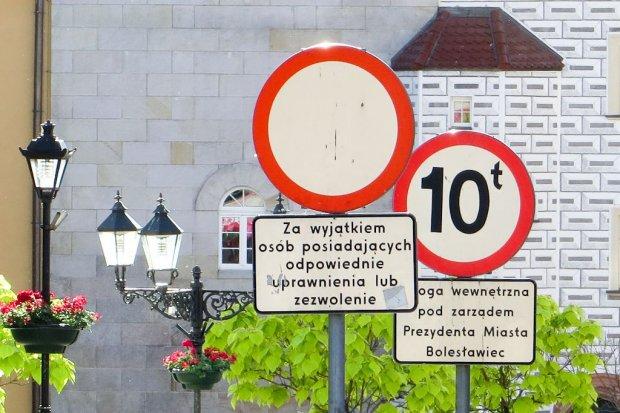 Łamiesz przepisy, jeśli wjeżdżasz rowerem do Rynku