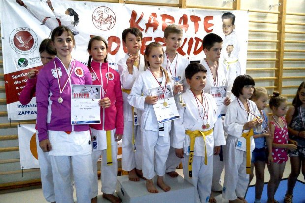 22 medale karateków TOP Bolesławiec