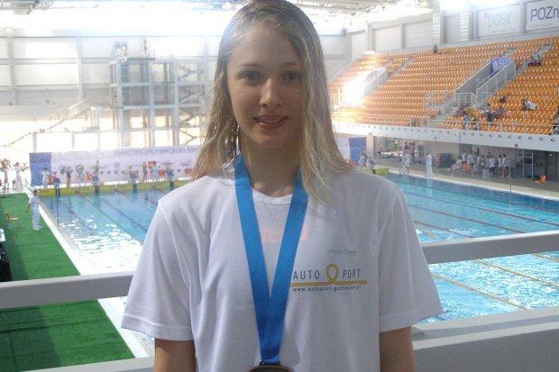 Sukces zawodniczek UKS Oxpress w mityngu pływackim