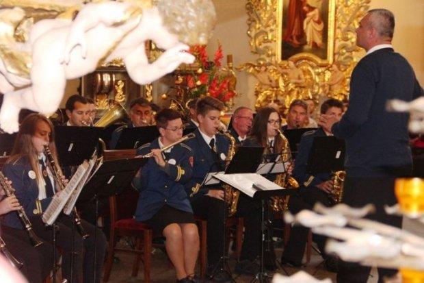 Koncert chorwackiej orkiestry dętej w Bazylice Maryjnej