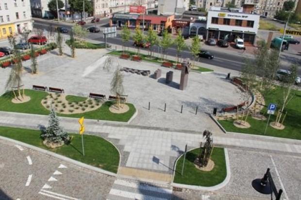Plac Sybiraków i pomnik już gotowe