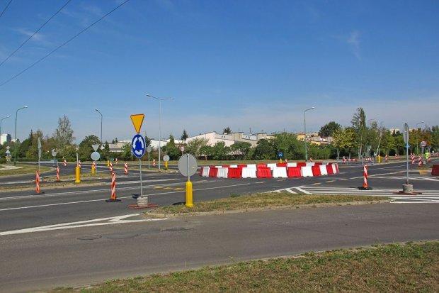 Rondo Niepodległości i ul. Sikorskiego w przebudowie