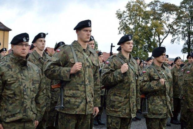 23 Śląski Pułk Artylerii: Wręczenie broni elewom