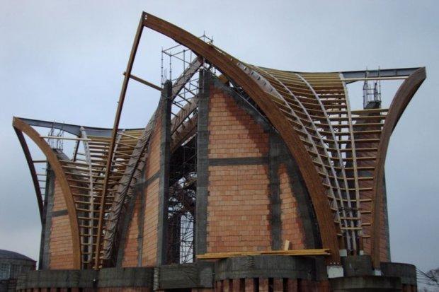 Wybór konstrukcji z drewna klejonego