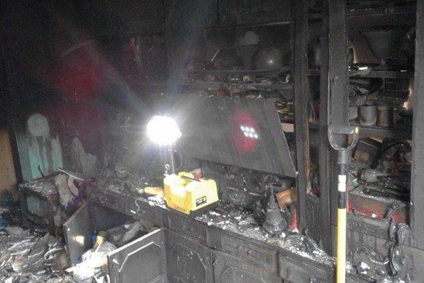 Pożar domu w Rakowicach - dwie osoby ranne
