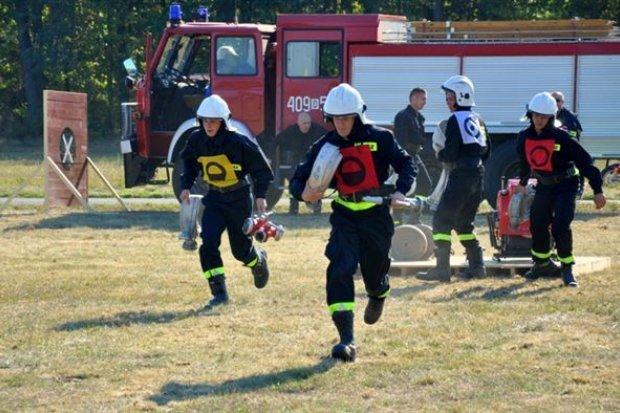 Strażackie zawody w Ołoboku. OSP Ławszowa najlepsza