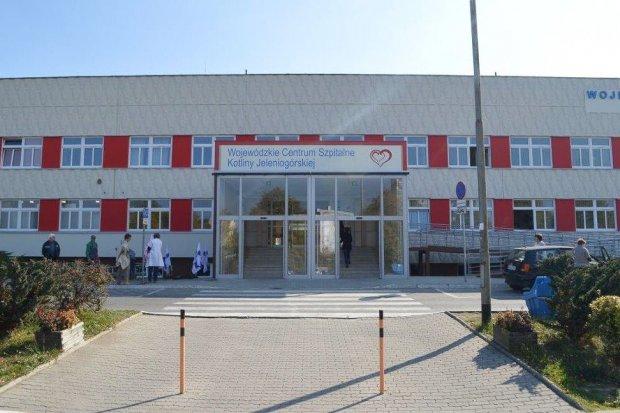 Ocieplono ok. 4 tys. m² ścian i dachu Wojewódzkiego Centrum Szpitalnego Kotliny Jeleniogórskiej
