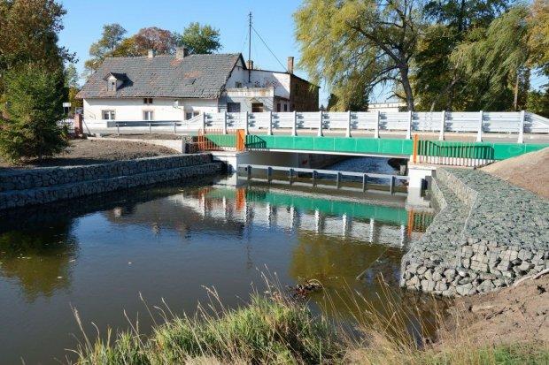 Zakończenie budowy mostu w Parowej (gmina Osiecznica)