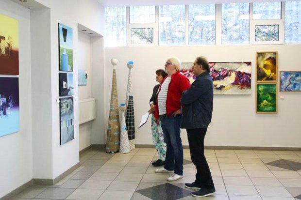 Wielka Wystawa Plastyki Zagłębia Miedziowego już w piątek