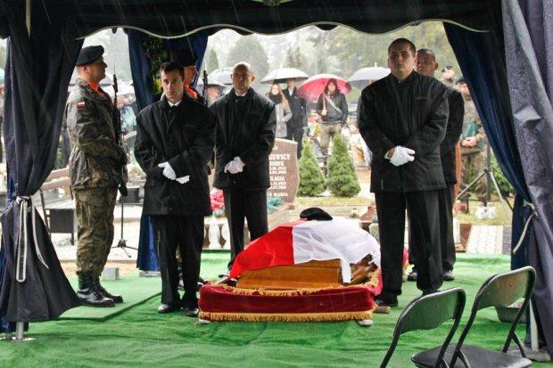 Pozostanie w naszej pamięci. Pancerniacy pożegnali tragicznie zmarłego żołnierza