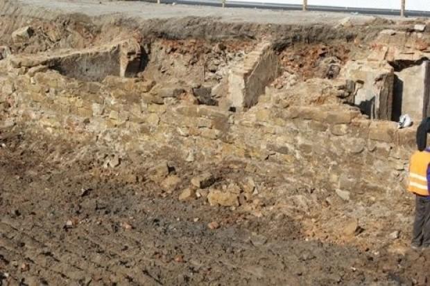 Odkopali stare piwnice