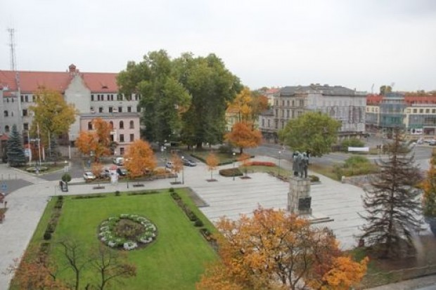 Dziesięciu autorów wystartuje w konkursie na zagospodarowanie i rewitalizację placu Słowiańskiego. Pula nagród to… 60 tys. zł!