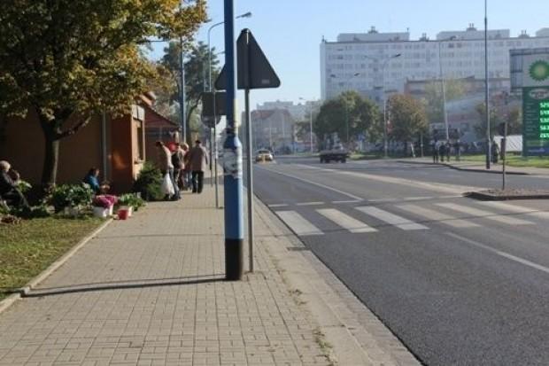 Piesi na Wrocławskiej będą bezpieczniejsi