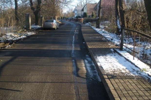 Nawierzchnie bitumiczne dróg w Ruszowie