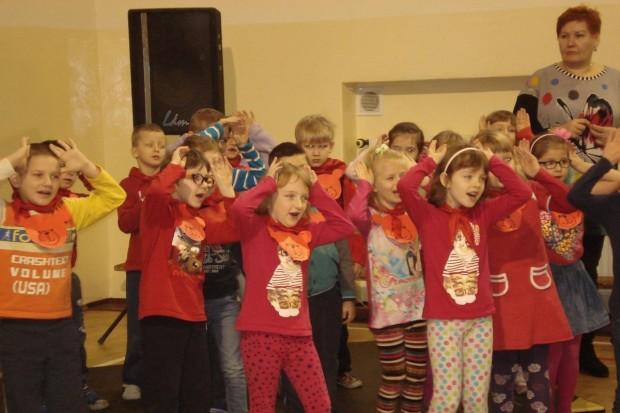 115 dzieciaków czytało przygody misia Uszatka
