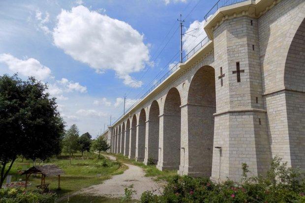 Bolesławiecki wiadukt w liczbach