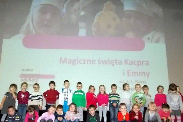 Przedszkolaki z filii MPP nr 3 na zajęciach filmowych