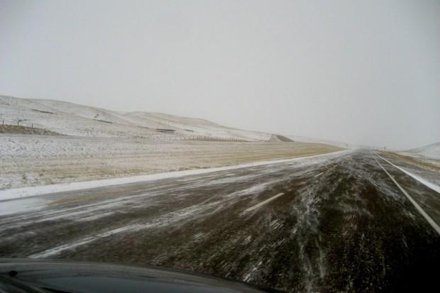 Ostrzeżenie pogodowe: marznące opady. Na drogach piekielnie ślisko