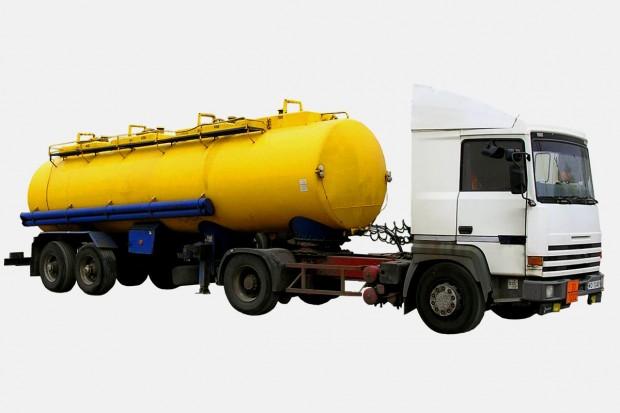 Ukradli ponad 3 tony paliwa o wartości hurtowej kilkunastu tys. zł