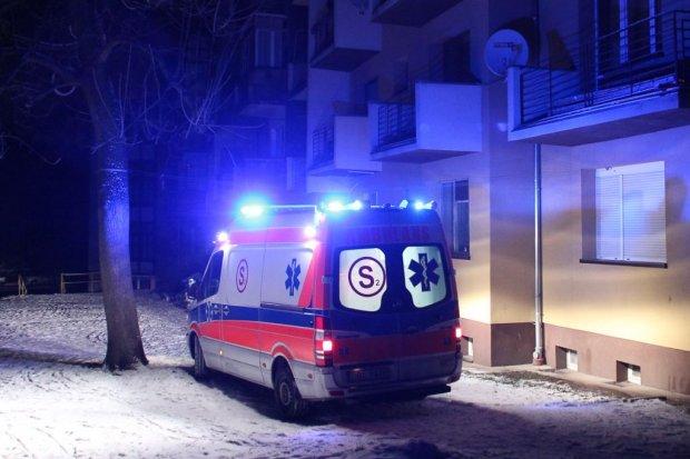Tragedia na Tyrankiewiczów – zginęła kobieta, która wypadła z 3 piętra
