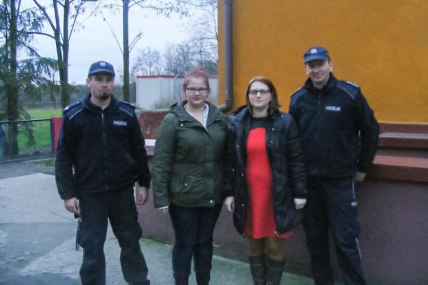 Policjanci i wolontariusze nie zapomnieli o bezdomnych