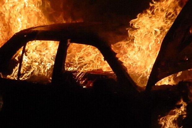 Podpalił samochód, spowodował straty przekraczające 30 tys. zł!