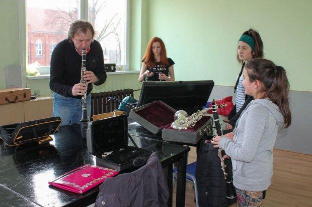 Sekcja instrumentów dętych dla dzieci i młodzieży w nowogrodzieckim GCKiS
