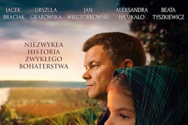 Dziwak Polak ratuje żydowskie dziecko w polskim kinie