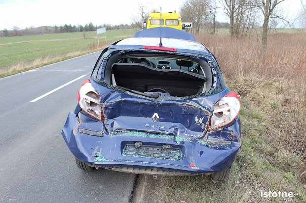 Pięć osób rannych po zderzeniu ciężarówki i dwóch osobówek