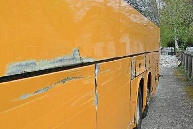 Dzieci miały jechać na wycieczkę niesprawnym autobusem