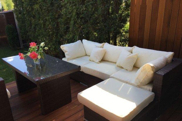 Jak stworzyć wygodny zakątek wypoczynkowy w ogrodzie?