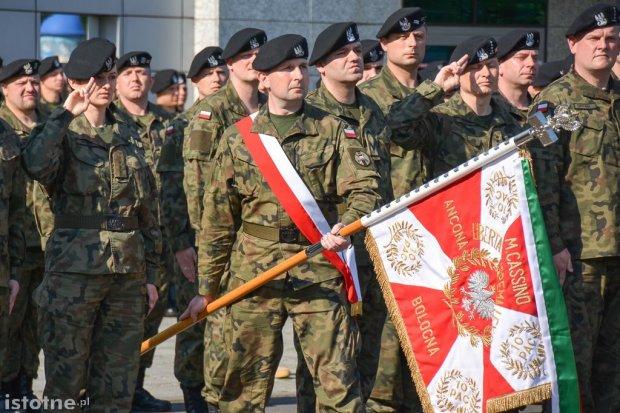 Pożegnali żołnierzy wyjeżdżających na misję do Kosowa
