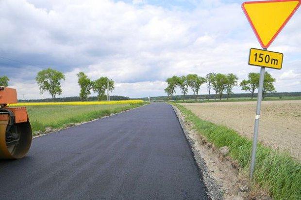 Trwa przebudowa drogi Różyniec–skrzyżowanie A4. Po ok. 10 dniach część drogi będzie przejezdna