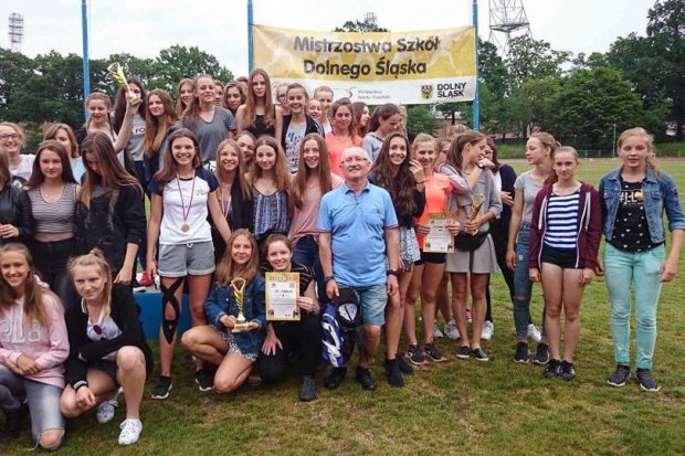 Lekkoatletki z Gimnazjum nr 1 awansowały do Mistrzostw Polski