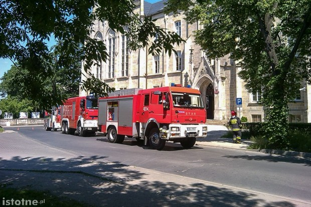 Ewakuacja sądu! Zgłoszenia o bombach w Bolesławcu