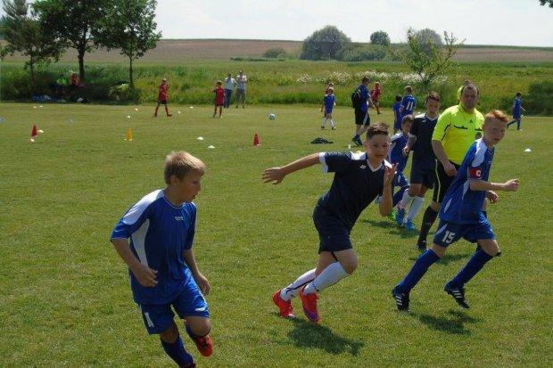Piłkarski Dzień Dziecka w Szkole Podstawowej w Ocicach