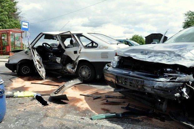 Wypadek w Zabłociu k. Nowogrodźca. Dwie osoby ranne