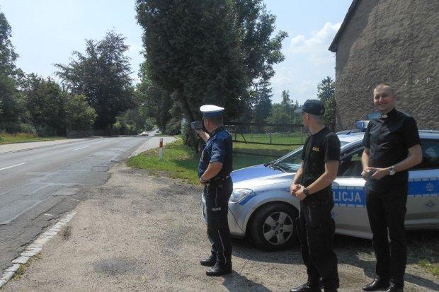 Policja i Bazylika: Obrazek z dekalogiem i świętym zamiast mandatu