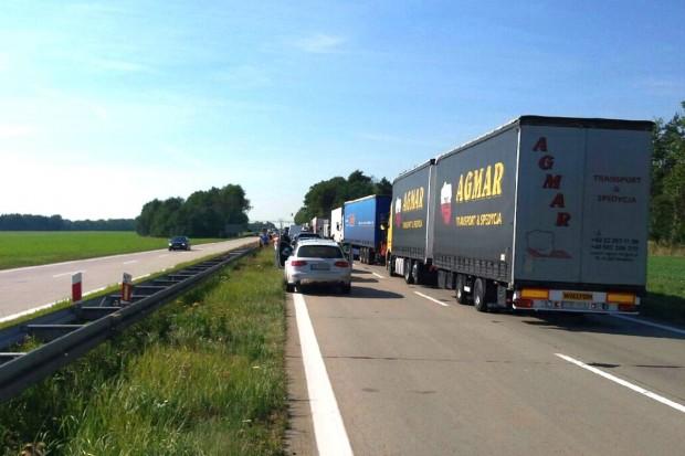 Wypadek na A4 - dwie osoby ranne