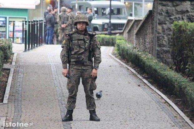 Kto podrzucił pocisk pod Starostwo? Policja wyklucza zamach