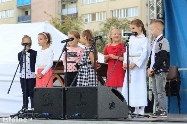 W centrum Bolesławca trwa rodzinny festyn