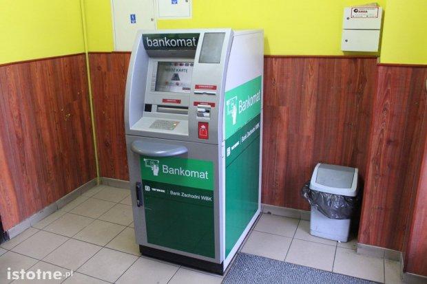 Mieszkańcy osiedla 40-lecia doczekali się bankomatu