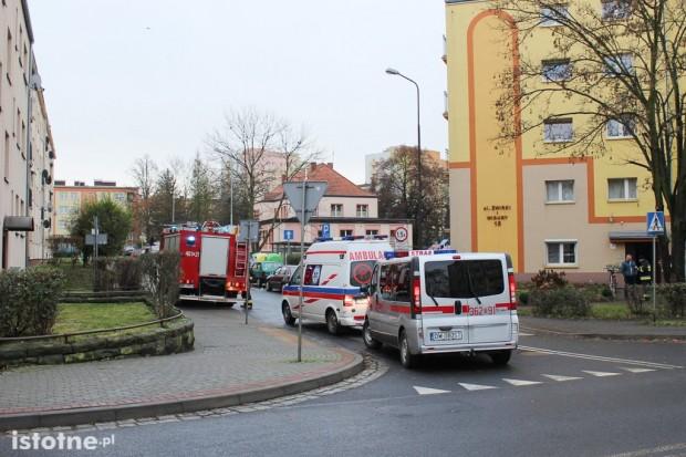 Podejrzenie zatrucia oparami na Żwirki i Wigury