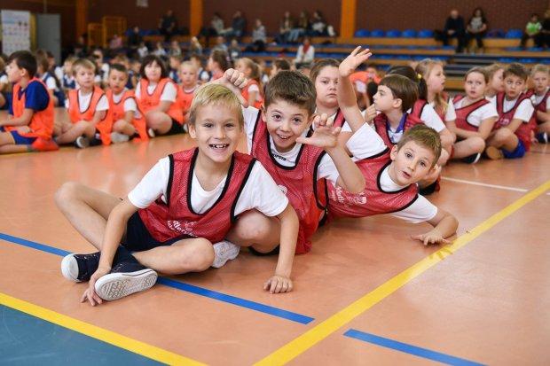 Lekkoatletyka dla każdego! W zawodach wzięło udział około 300 uczniów podstawówek